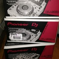 Pioneer DJ Limited Edition NXS2-W Flagship Professional DJ System with White CDJ-2000NXS2 Multi Players and DJM-900NXS2 4-Channe