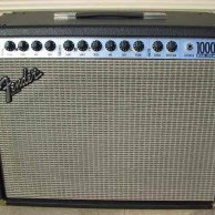 "Fender Roc Pro 1000 2-Channel 100-Watt 1x12"" Guitar Combo"