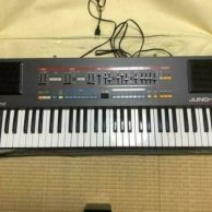 Roland Juno-106S Synthesizer Keyboard