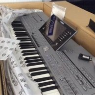 Yamaha Tyros 5 76 keys Keyboard synthesizer